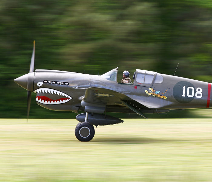 Curtiss P-40 fångad under Warbirds Over The Beach. Foto: Gunnar Åkerberg